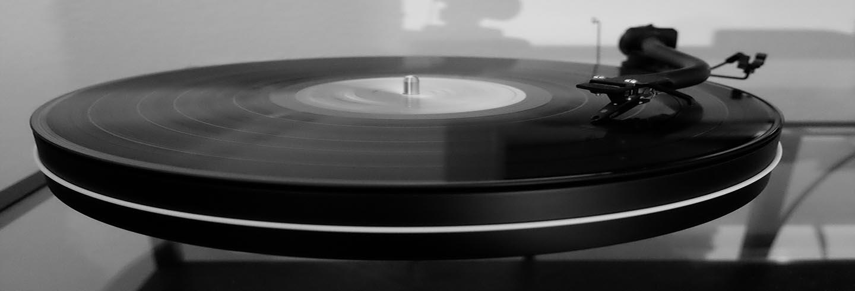 tocadiscos minimalista